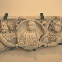 Fragment de sarcophage antique